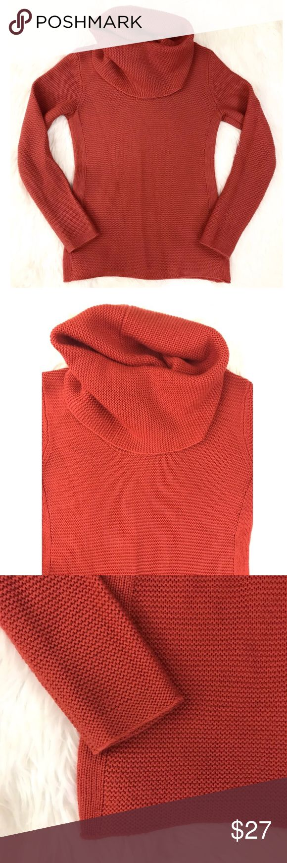 """BANANA REPUBLIC Orange Turtleneck Sweater BANANA REPUBLIC Orange Turtleneck Sweater Wool Blend Sz S Small  Brand: BANANA REPUBLIC Style: Sweater Size: Small Material: 40% Wool 38% Acrylic 22% Viscose Condition: Excellent Pre-Owned Condition. Please review photos.  Measurements (Measured flat, un-stretched. All measurements are approximate.)  Armpit to Armpit: 16.5"""" Length: 24"""" Banana Republic Sweaters Cowl & Turtlenecks"""