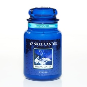 Yankee Candle-Spring Water-The light and refreshing mix of driftwood and spring blossoms will leave you feeling relaxed and calm.
