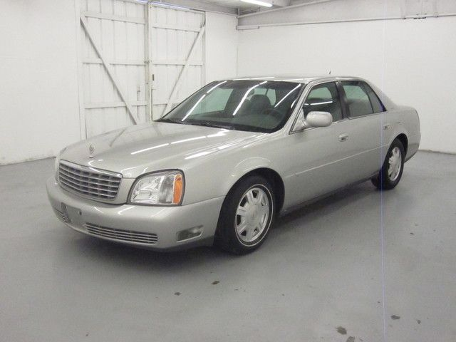 2005 Cadillac DeVille LOW MILES, LOW PRICE!!! MUST SEE!! Call Adriana for info 832-779-1088