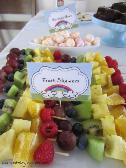 fruit skewers, party food, healthy party food, food for kids, healthy