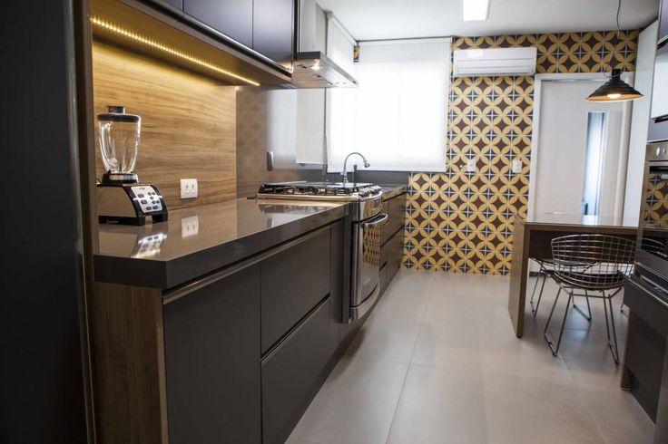 Cozinha  JK Cozinhas modernas por Carolina Fagundes  Arquitetura e