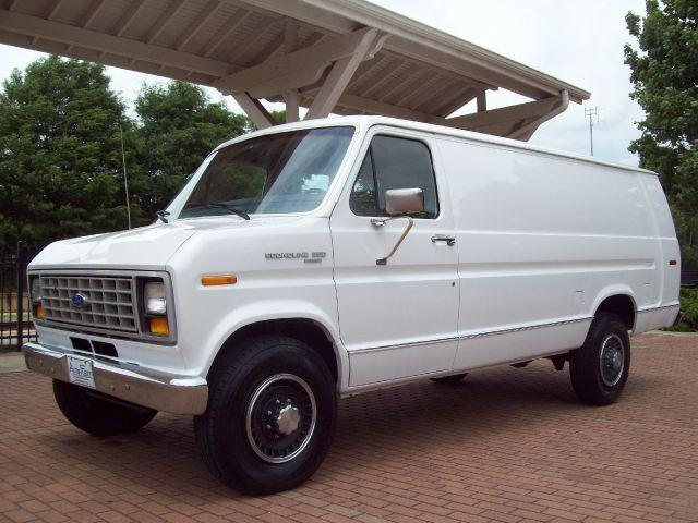 514 best 70 80 39 s ford van images on pinterest custom vans advertising and buses. Black Bedroom Furniture Sets. Home Design Ideas