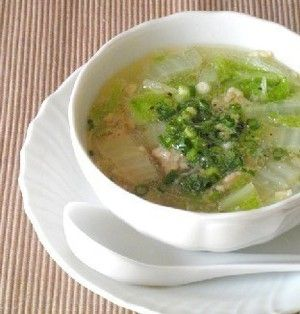 3分煮るだけ☆鶏挽肉と白菜の春雨スープ