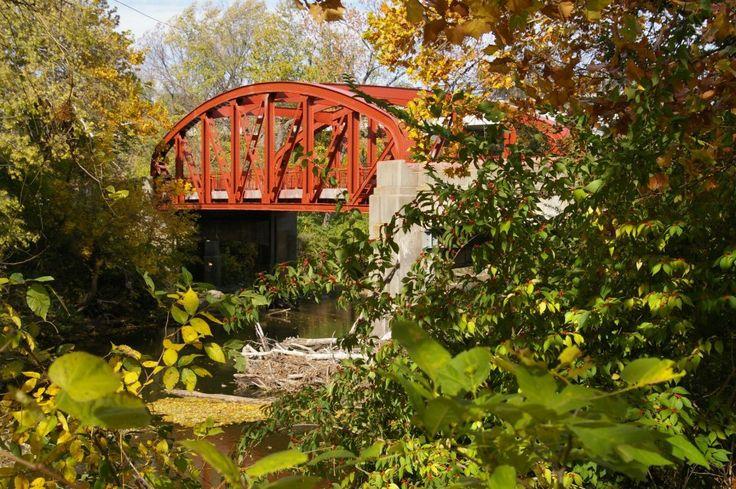 Parks & Recreation – Kansas City, MissouriOld Red Bridge Love Locks | Parks & Recreation - Kansas City, Missouri