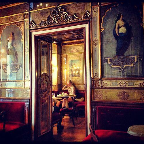 Caffè Florian: a historical coffee bar in Venice. Italy's oldest Café