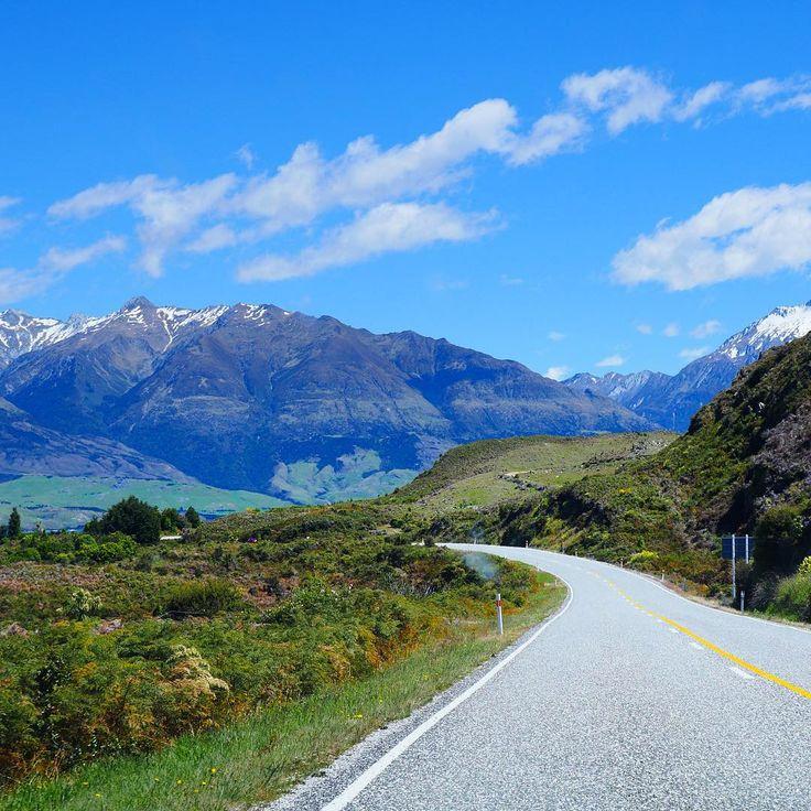 Instagrammer girlslove2travel ontdekte Nieuw-Zeeland met een huurauto. Deel ook je roadtrip plezier op social media met de hashtag #meteenhuurautoziejemeer