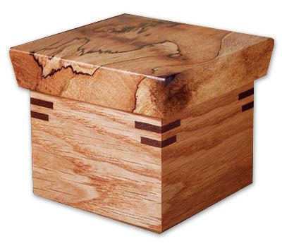 building a wooden box with a lid woodworking projects plans. Black Bedroom Furniture Sets. Home Design Ideas