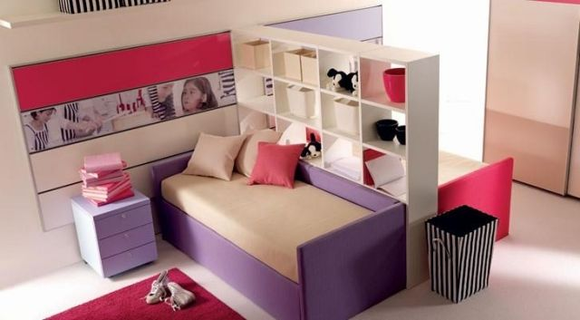 raumteiler kinderzimmer b cherregal zwei m dchen. Black Bedroom Furniture Sets. Home Design Ideas
