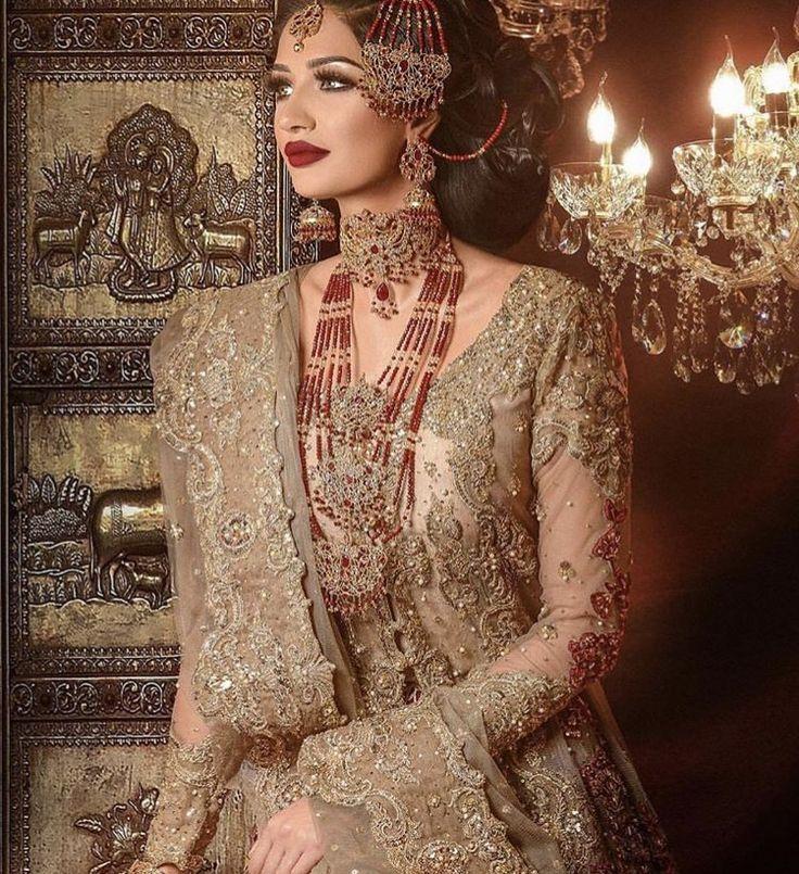 Saira Rizwan Pakistani couture