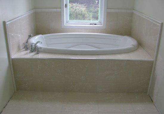Ceramic tile jacuzzi tub and deck how to build va farm for Whirlpool tub sizes