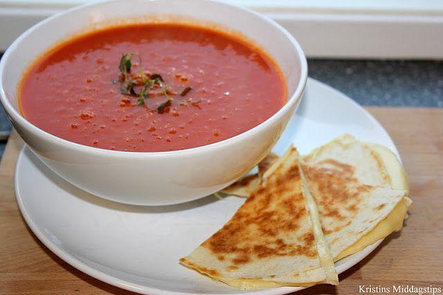 Kristins Middagstips: Tomatsuppe med spisskummen - servert med ostequesa...