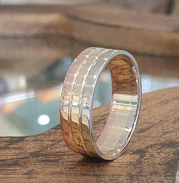 Unisex 3 Tone Wedding Band Unique Wedding Ring Mens Wedding Etsy Wedding Rings Unique Unique Wedding Bands Mens Wedding Rings