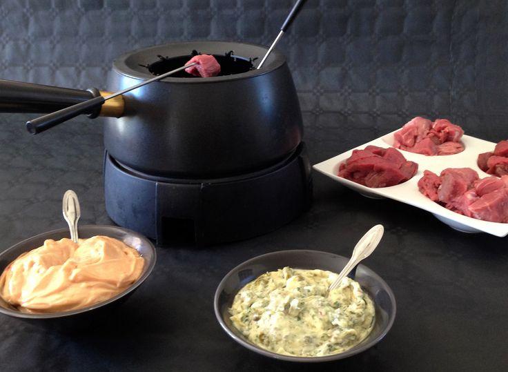 Découvrez la recette Fondue vigneronne en image ! Boeuf, Plat complet, Veau et plus encore... Aimer cuisiner, sans être un grand chef avec des recettes faciles, originales et authentiques. A déguster et partager !