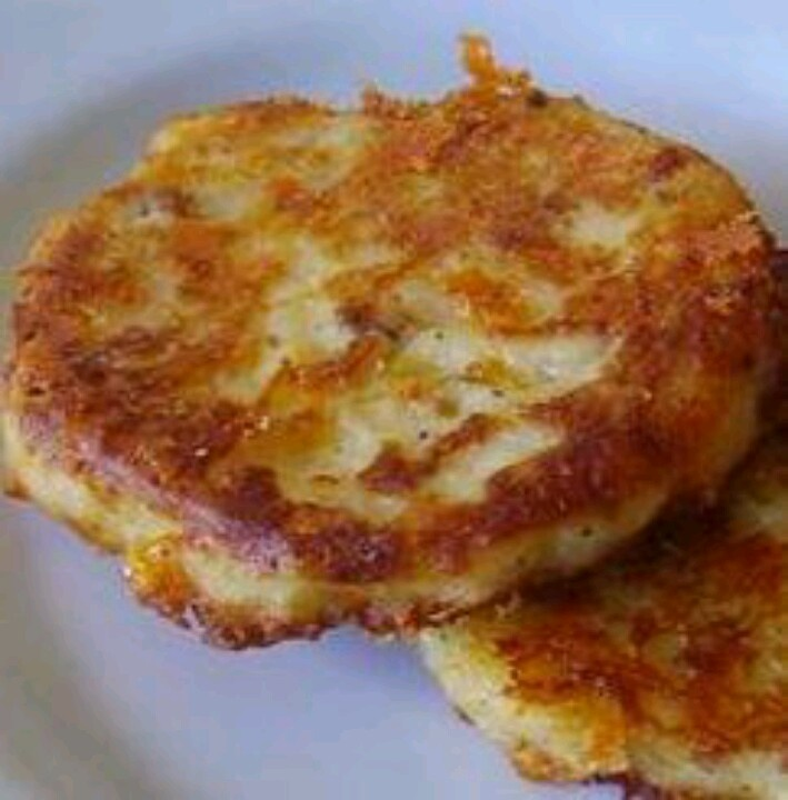 Bacon chedder fried mashed potatoes | Favorite Recipes | Pinterest