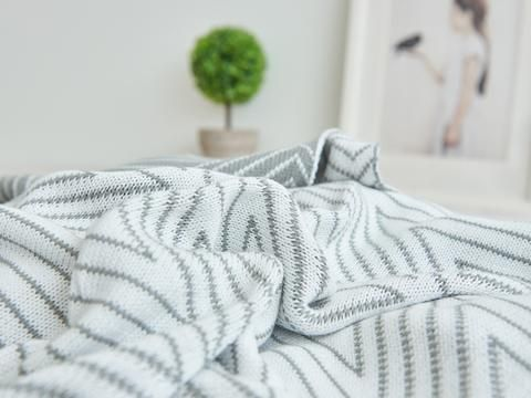 6 Beautiful Blankets to Warm You This Winter – Spoon & The Sparrow
