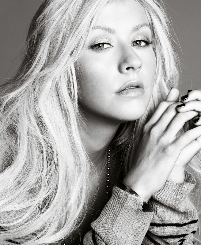 Christina Aguilera by Mark Abrahams  Wow shes gorgeous with no make up!!