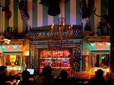 The Unicorn-Carnival bar in Seattle  - someone take me <3