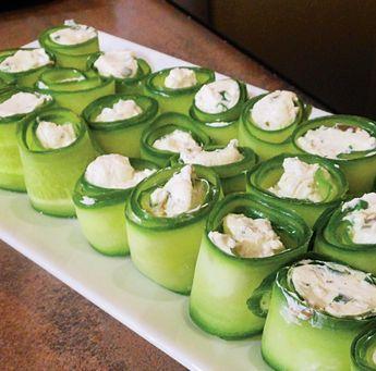 Uborkatekercs fűszeres túrókrémmel töltve – percek alatt összedobható finomság!