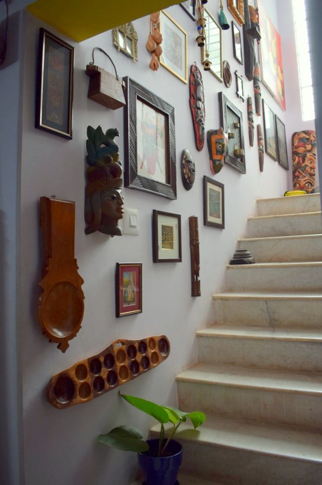 A Gallery Wall With Indian Vintage Elements In 2020 Indian Home