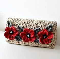 Crochet Poppy Flower Clutch
