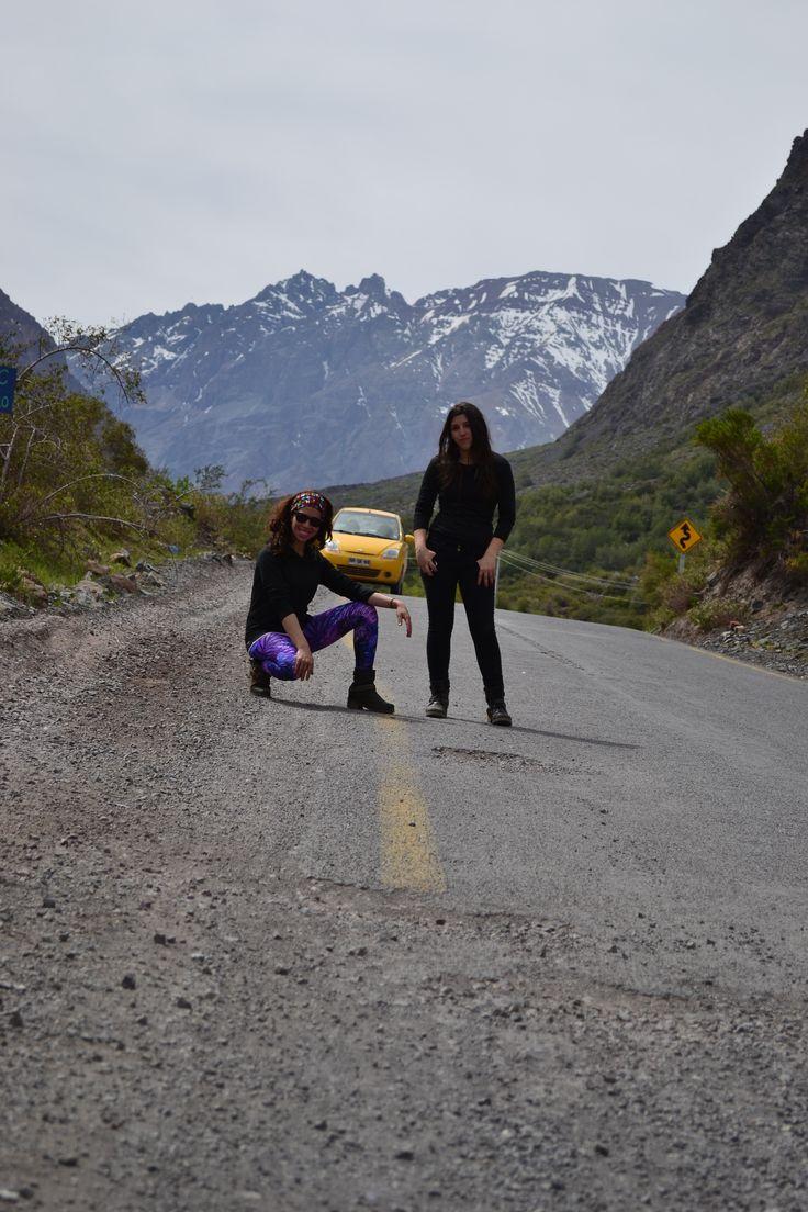 Camino a Cajón del Maipo. Santiago de Chile.