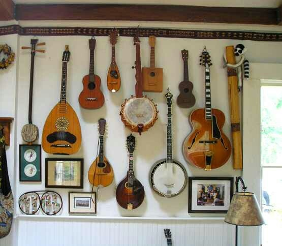 Hang Instruments As Wall Art Masculine Decor Pinterest
