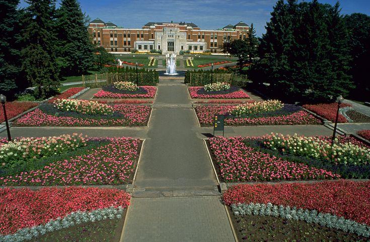 Montréal Botanical Gardens - Jardin Botanique de Montréal.