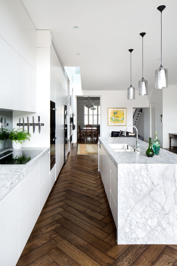 This gorgeous Cardellino Marble kitchen is by @2ic_construction . Stonework by Aristocratic. Photo by @emily_bartlett_photography . Joinery @cosinteriors . Floor @kustomtimber #cdkstone #cardellino #cardellinomarble #marble #naturalstone #naturalbeauty #naturesmasterpiece #designinspo #designinspiration