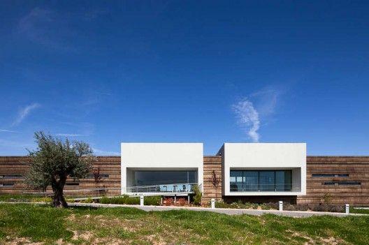 Logowines Winery / PMC Arquitectos