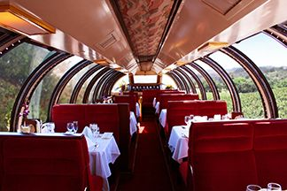Enjoy a True Gourmet Napa Valley Dinner in an Antique Rail Car | Napa Valley Wine Train