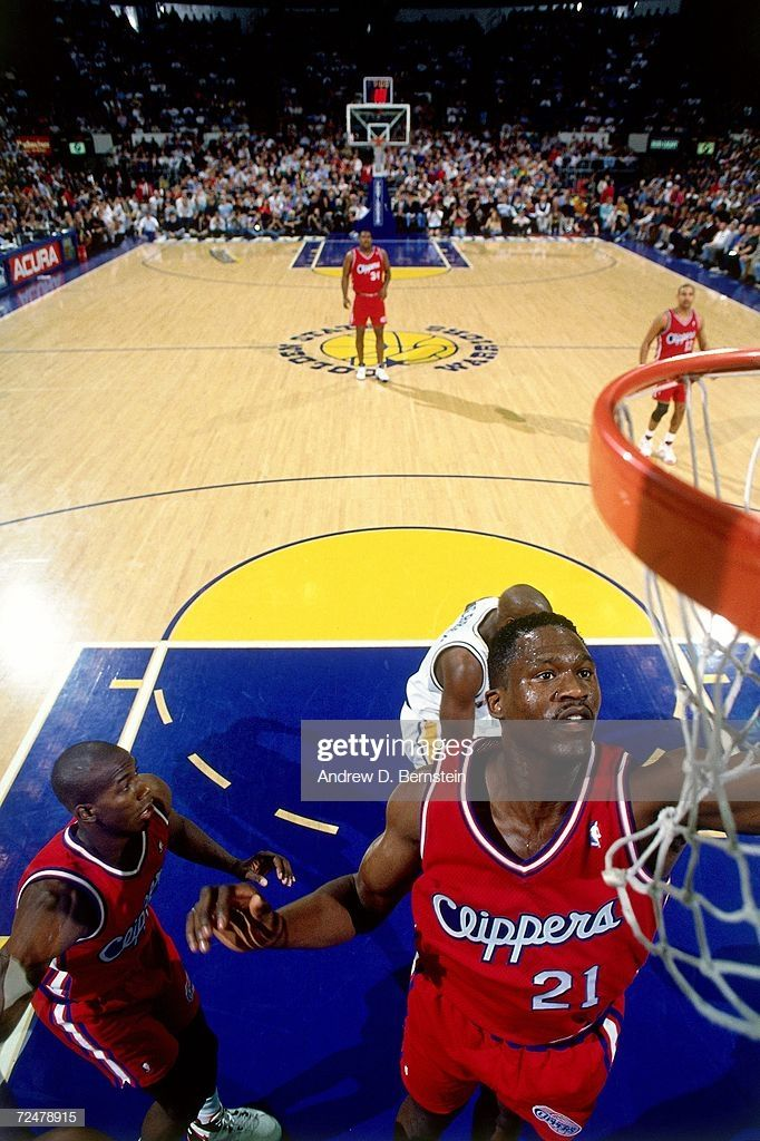 Pin By Joseph Riley On Old School Nba Dominique Wilkins Los Angeles Clippers Dominique