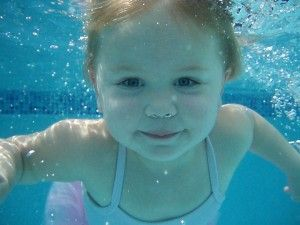 Swimming Lessons For Toddlers Toddler Swimming Lessons Swim Lessons Swimming Safety