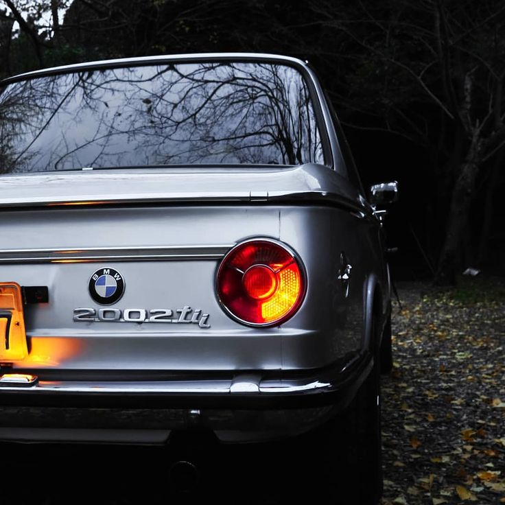 """Gefällt 971 Mal, 11 Kommentare - Stef Sch auf Instagram: """"Vintage masterpiece So cool and clean 1972 BMW 2002tii I would like to thank everyone who..."""