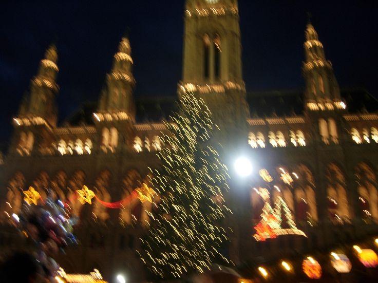 Vienna Rathaus Platz periodo di Natale