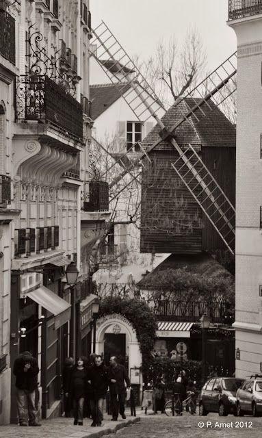 Le Moulin de la Galette rue le Pic