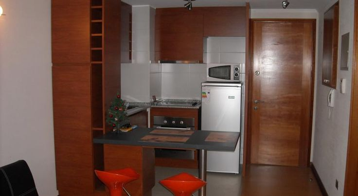 Apartamento Allegro Vina Del Mar Located 900 metres from Acapulco Beach, Apartamento Allegro offers accommodation in Viña del Mar. The apartment is 1 km from Valparaiso Sporting Club.  Other facilities at Apartamento Allegro include a barbecue.  El Sol Beach is 1.