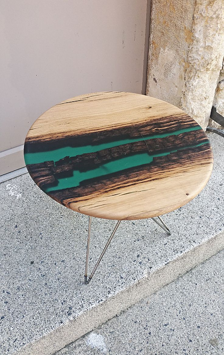 Harkavy furniture focuses on modern pieces made of wood and steel - Beautiful Resin Wood Design Tables