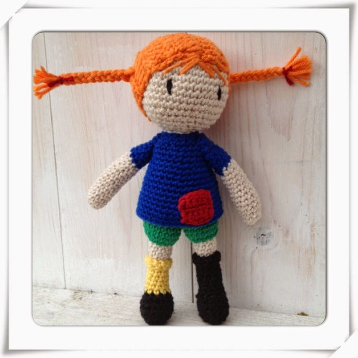 Crochet Pippi Longstocking (amigurumi/doll). Free crochet pattern in Swedish.