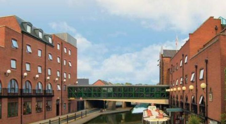 Mill Hotel & Spa Destination Chester The Mill Hotel and Spa is located alongside the Shropshire Union Canal, 5 minutes' walk from Chester Station. It offers 5 eateries, free parking and a leisure centre with a pool.