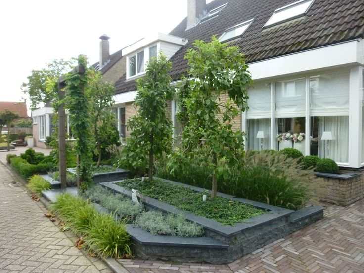 1000 images about tuin ideetjes on pinterest gardens chelsea flower show and decking - Deco moderne tuin ...