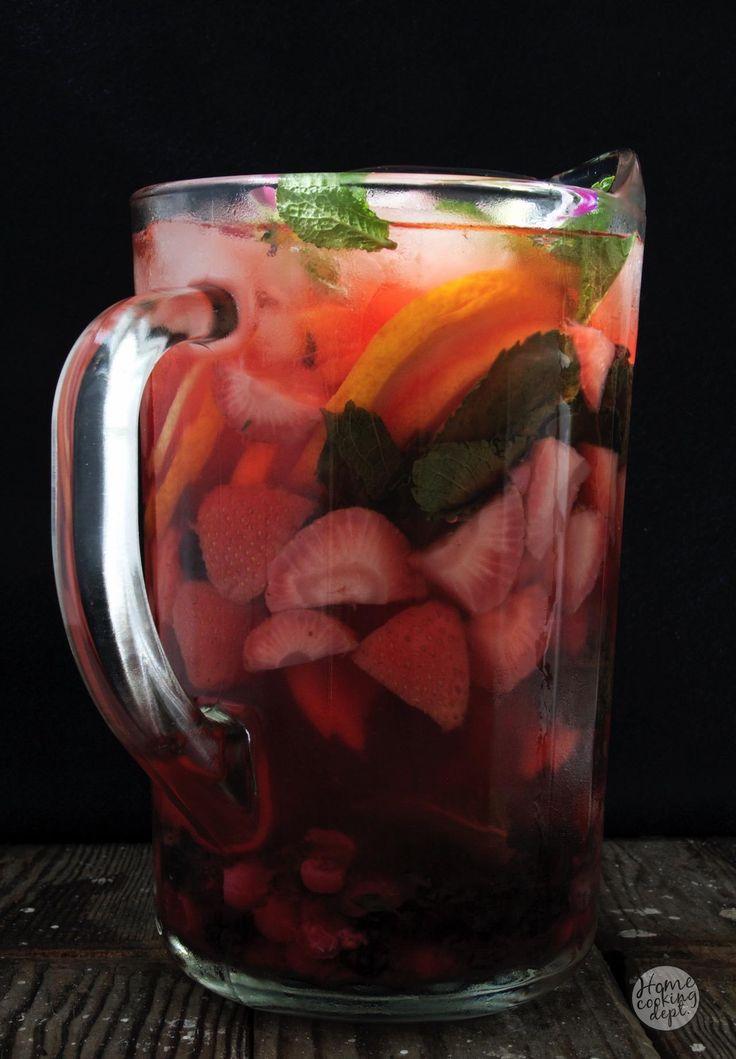Homemade Strawberry and Blueberry Lemonade ! / Zelfgemaakte Aardbeien en Blauwe bessen Limonade ! / Homecooking dept / In Dutch