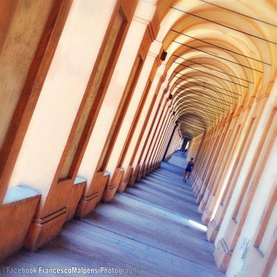 Bologna, il portico di San Luca, foto di Francesco Malpensi Photography