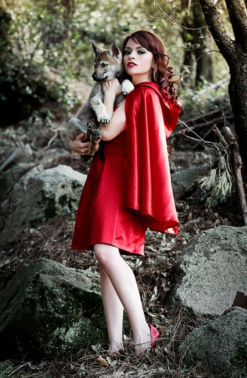 sexy naked red riding hood cosplay