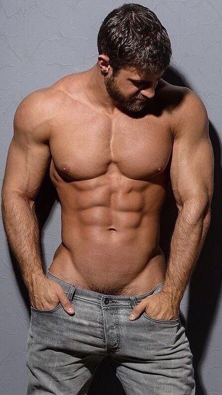 сам думаю, брутальные мускулистые парни видео смотреть
