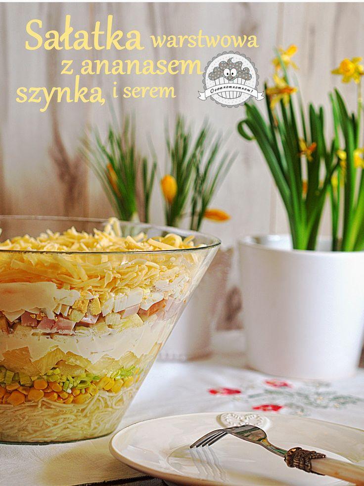 Ooomnomnomnom !: Świąteczna sałatka warstwowa z ananasem