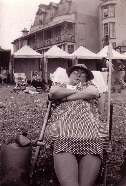 ''August Bank Holiday 1938 Teignmouth''    found in Brighton
