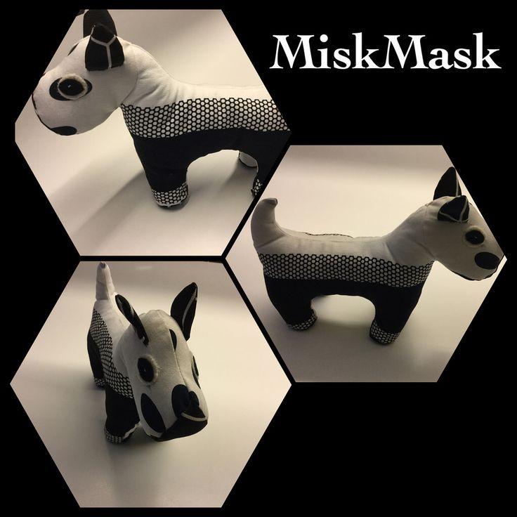 Zwart/witte honden knuffel. www.miskmask.nl