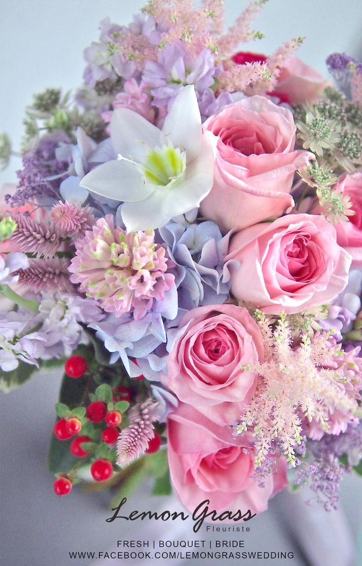 176 best Bride\'s bouquet images on Pinterest | Flower arrangements ...