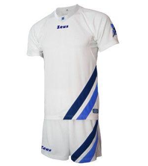Fehér-Kék-Királykék Zeus Leon Focimez Szett modern, enyhén karcsúsított vonalvezetésű, kényelmes, tartós, kopásálló, könnyen száradó, fehér alapszínű focimez szett. Váltómeznek és utánpótlásnak teljesen remek választás. Fehér-Kék-Királykék Zeus Leon Focimez Szett 6 méretben és további 4 színkombinációban érhető el.