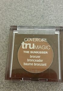 Cover Girl Trumagic Mini The Sunkisser Bronzer-A matte bronzer that is a dupe for Hula bronzer